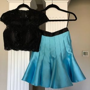 Mac Duggal 2 Piece Homecoming Dress Size 4